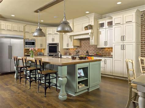 Ultracraft Kitchen Cabinets by Hartford Maple Antigua Cream Micka Cabinets