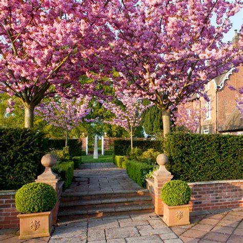homes gardens garden tour housetohome co uk