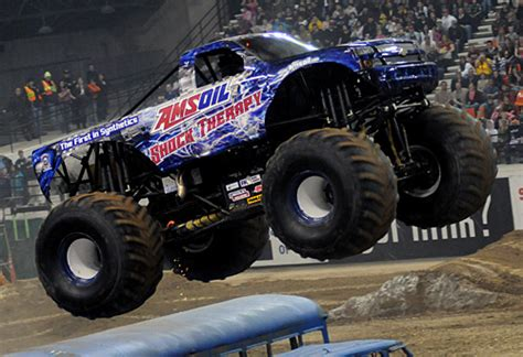 what time does the monster truck show start themonsterblog com we know monster trucks