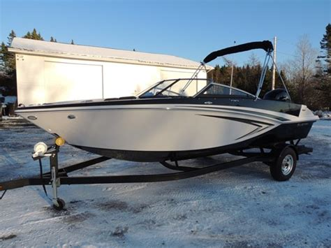 glastron boats halifax glastron gt200 bowrider 2017 neuf bateau 224 vendre au