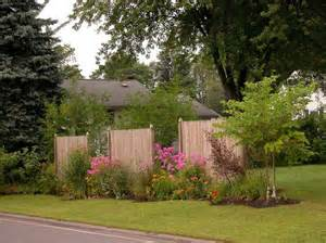 1000 images about front yard landscaping to hide traffic