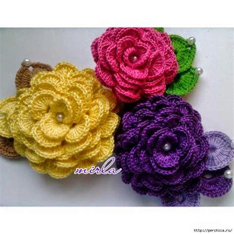 imagenes de rosas tejidas a crochet flores tejidas al crochet decoradas con perlas con paso