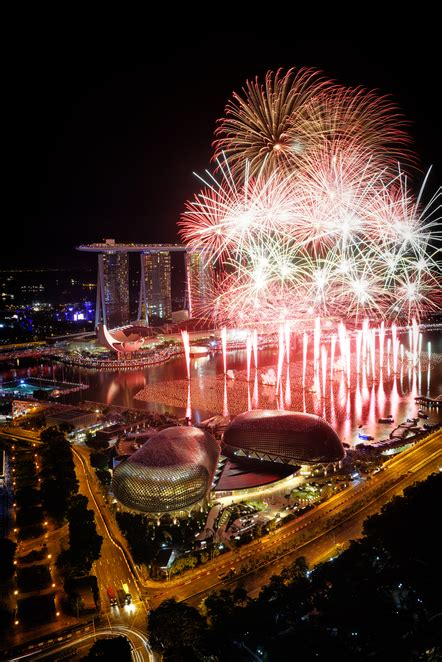 esplanade new year singapore best places to celebrate new year s in singapore