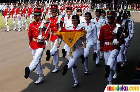 detik proklamasi foto detik detik proklamasi kemerdekaan di istana