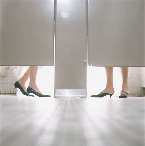 blood loss in a bathroom stall how often do i need to change my ton or pad