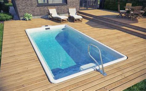 piscine da giardino interrate prezzi 15 modelli di piscine interrate in vetroresina monoblocco