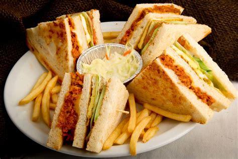 Buku Club Sandwich Pelengkap Chicken Soup For The Christian Soul club sandwich kbc restaurant