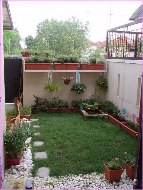 landscaping ideas for backyard with dogs small backyard friendly thorplc backyard