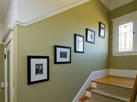 gambar contoh kombinasi warna cat rumah hijau biru ungu