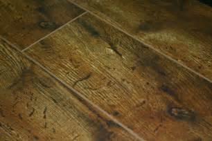 Laminate Flooring With Pad Invincible Heritage Oak 12mm Laminate Flooring With Pad Attached Camas Carpet Camas Flooring