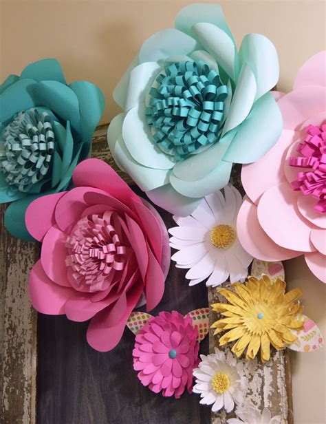 Make Big Paper Flowers - how to make paper flowers create and babble