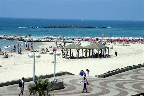tel aviv 7 reasons why tel aviv s beaches are the getaway