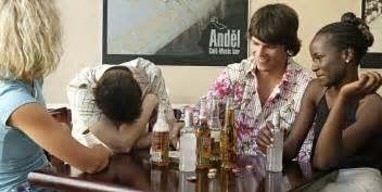 ab wann ist betrunken alkohol studie wie schnell wir betrunken werden h 228 ngt