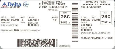 United Airline Baggage Fee nunca le hagas fotos a tu tarjeta de embarque donde viajar