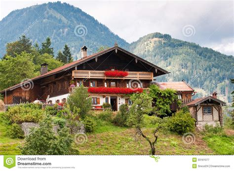 Small Traditional House Design In Tirol Austria | small traditional house design in tirol austria 28