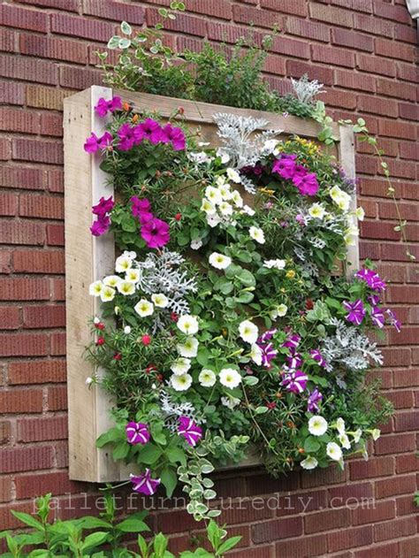 Pallet Wall Planter by Pallet Wood Planters 101 Pallets