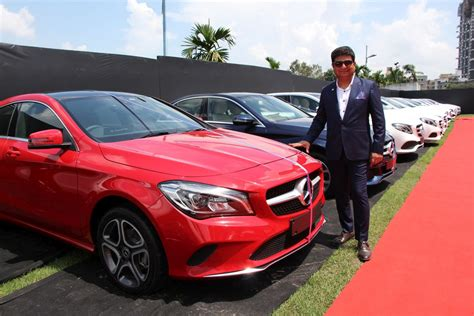 mercedes cars india mercedes india delivers 51 cars in one day in kolkata