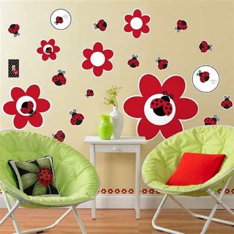 ladybugs bedroom theme ideas lady bug theme   ladybug room nursery wall decals