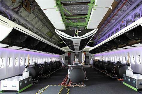 boeing 747 interno il gigante vuoto la foto giorno corriere della sera