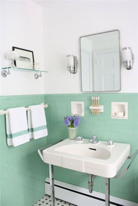 green tile bathroom ideas best 25 mint green bathrooms ideas on mint