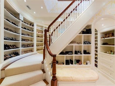 Two Story Walk In Closet by 1000 Ideas About 2 Story Closet On Closet Closets And Beautiful Closets