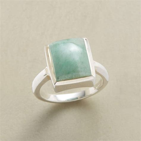 ventura ring our domed cabochon of green aventurine is