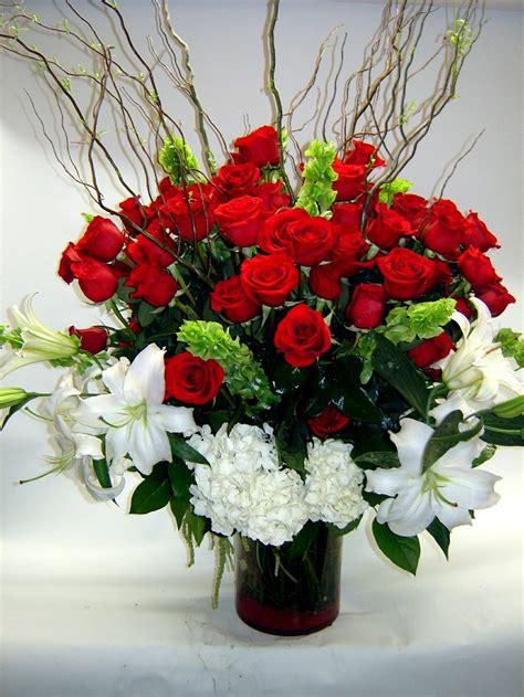 piccole composizioni di fiori composizioni floreali idee colorate e profumate per