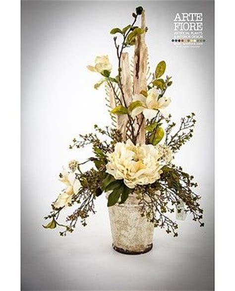 composizioni floreali in vaso composizione floreale con fiori artificiali in tessuto