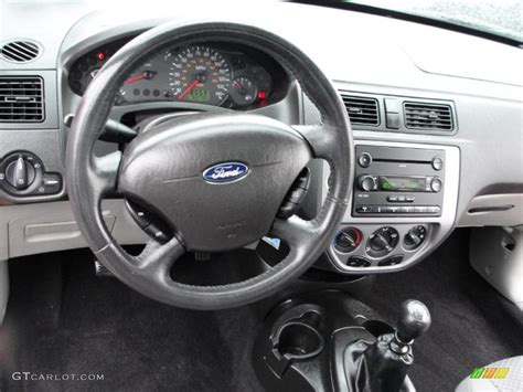 2006 Ford Focus Interior by Charcoal Charcoal Interior 2006 Ford Focus Zx3 Se