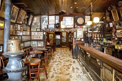 mcsorley s old ale house the urban lens inside mcsorley s old ale house nyc s oldest bar 6sqft
