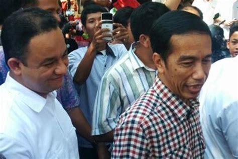 joko widodo in joko widodo meets sultan of yogyakarta zimbio satu harapan jokowi jk minta restu sri sultan