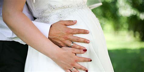 Hochzeit 7 Monat by Schwanger Heiraten Tipps Experten Auf Ja De