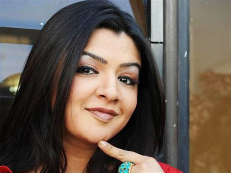 telugu actress list old mystery over 30 year old telugu actress aarthi agarwal s