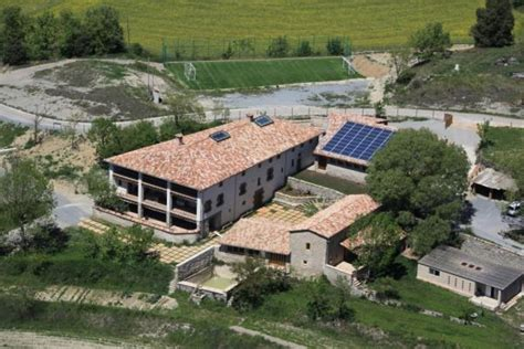lada fotovoltaica vinyoles integra la fotovoltaica en les seves instal