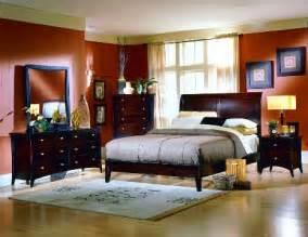 Bedroom on small master bedroom decorating ideas 1 small master