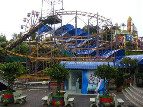 theme park genting genting theme park cyclone