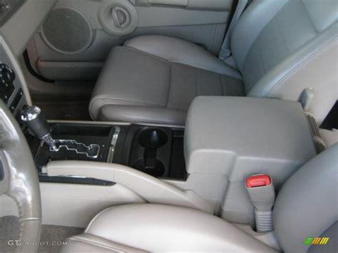 standard jeep interior 2006 jeep commander standard commander model interior