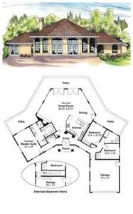 coolhouseplan com octagon style house plans on pinterest house plans
