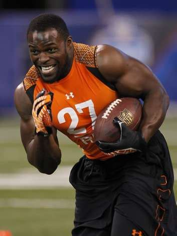 robert turbin bench press robert turbin sees nfl as means to help at home sfgate