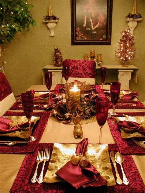 28 christmas table decorations settings hgtv