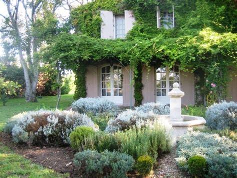 provencal garden glorious gardens pinterest