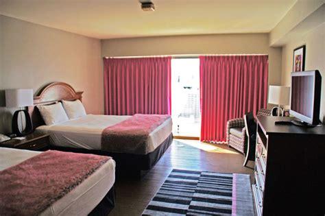 flamingo rooms arman info