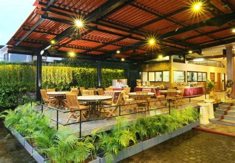 Garden Cafe by Green Garden Cafe Kuta Jl Wana Segara Also Known As