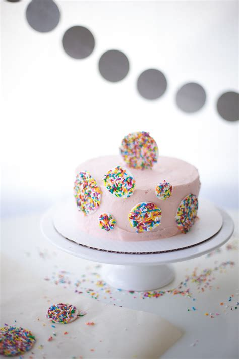 Baking Decorating by Cake Decorating With Sprinkles A Free Step By Step Tutorial