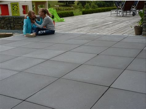 dalle beton terrasse jardin allee garage kwadrato