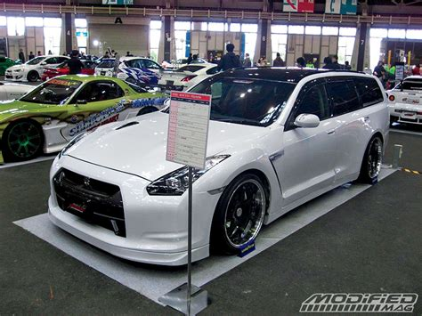 nissan stagea nissan stagea gt r wagon modified magazine