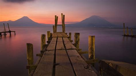 visit   gorgeous lake  guatemala lake atiltan