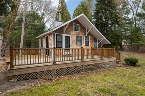 Small Houses For Sale Western Mass Tiny Territory Homes 400 Square Zillow
