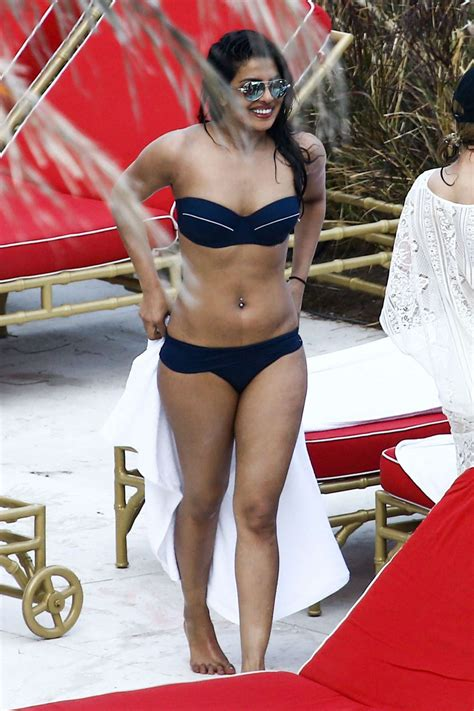 priyanka chopra bikini photos priyanka chopra in bikini at a hotel pool 31 gotceleb