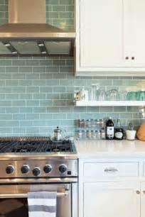 light blue kitchen backsplash die besten 17 ideen zu fliesenspiegel k 252 che auf